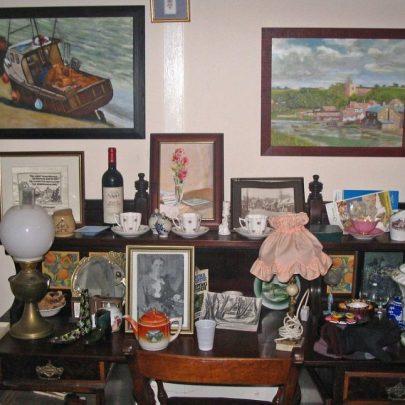 Lots of treasures   ©Dave Bullock