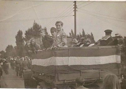 Canvey carnival 1947?