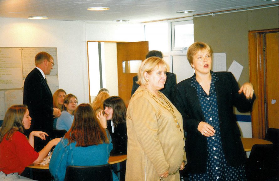Mayor Valerie Wells opens new Sixth Form Centre | Courtesy of Canvey Bus Museum