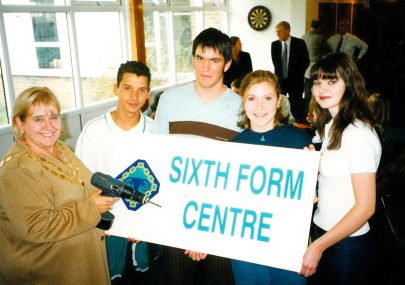 Mayor Valerie Wells opens new Sixth Form Centre