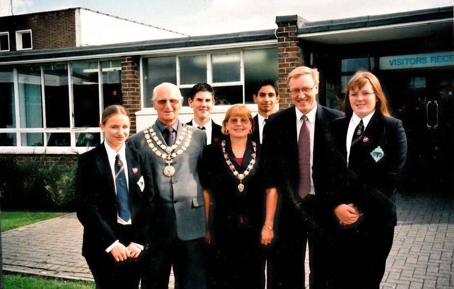 Visit by Mayor Alf Goldworthy 2000/1 | Courtesy of Canvey Bus Museum