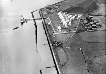 1937 - Oil Tanker The Winkler 1st vessel berthed