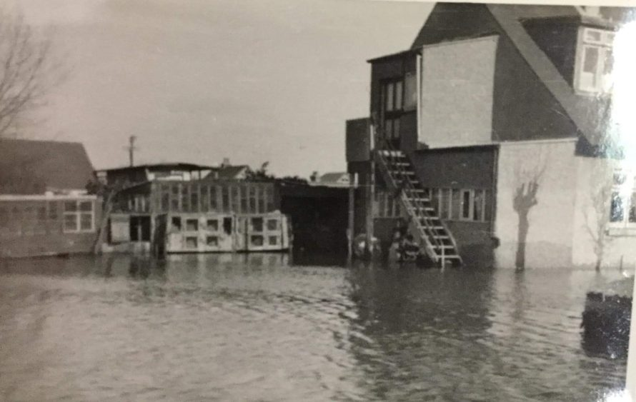 Tyserville on Gafzelle Drive during the floods