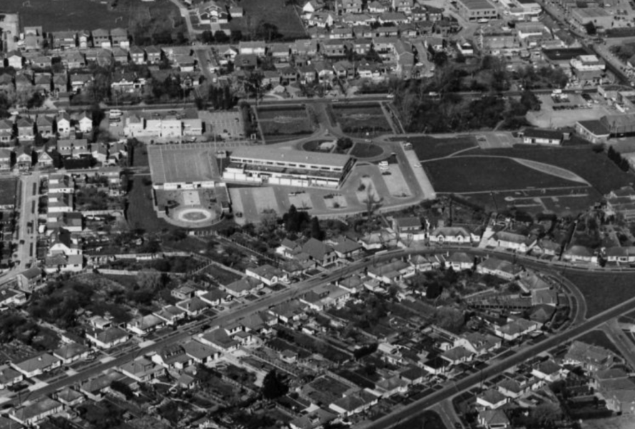 This aerial photo was taken in the 1970s/80s. The Paddocks hall has been built, the War Memorial and gardens, the Splash park, CISCA House and the childrens playground.