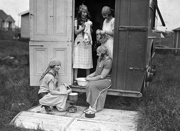 Caravan holiday in the 20s