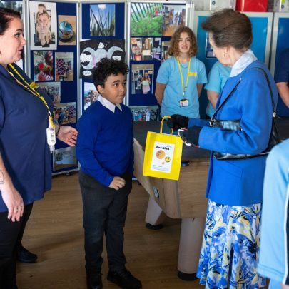 HRH was presented with a Bee Kind bag by Devon Carter.
