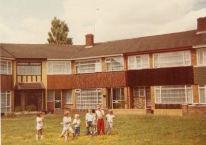 St Johns Crescent Banjo c1986