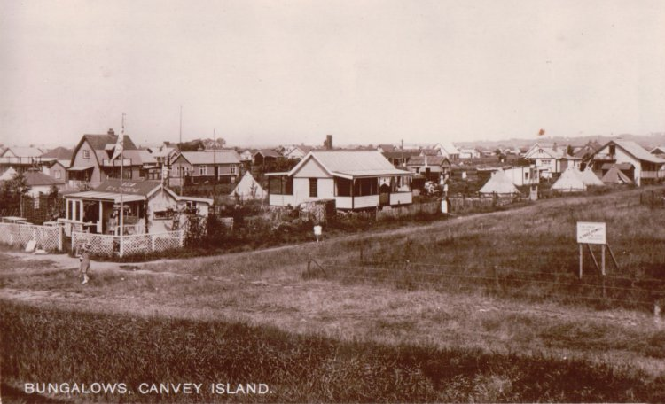 Bungalows at Eastern Esplanade area | Published by kind permission of the late Mr H.A. Osborne and Mr R.W Osborne.