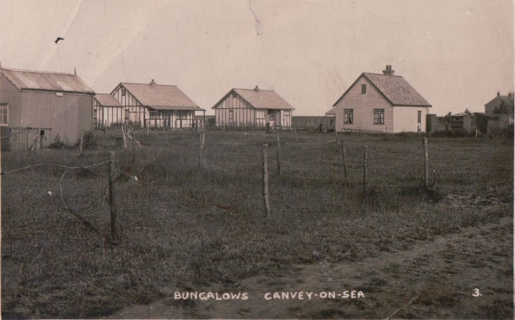 Bungalows Canvey-on-sea | Published by kind permission of the late Mr H.A. Osborne and Mr R.W Osborne.