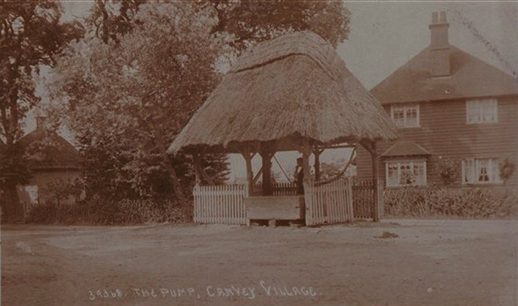 The Pump and Dutch Cottage, Haven Road | Published by kind permission of the late Mr H.A. Osborne and Mr R.W Osborne.