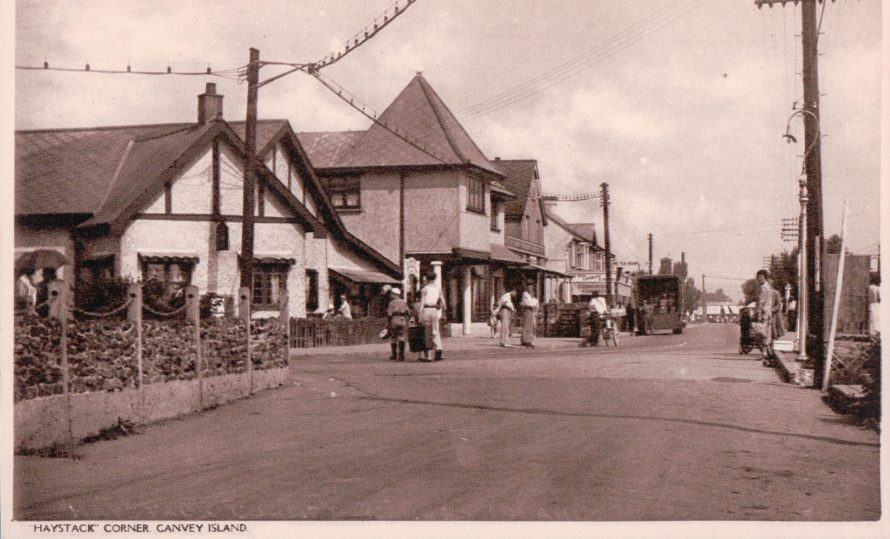 Looking north up Furtherwick Rd | Published by kind permission of the late Mr H.A. Osborne and Mr R.W Osborne.