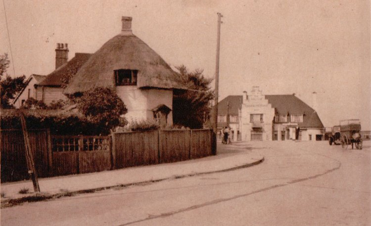 Dutch Cottage and Red Cow PH | Published by kind permission of the late Mr H.A. Osborne and Mr R.W Osborne.