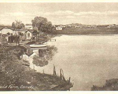 Postcard showing Island Farm and Croppenburg Lake looking south from the seawall area