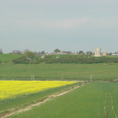 Hadleigh Castle viewed from the footpath to Leigh | Janet Penn