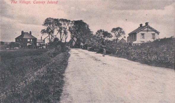 Haven Road towards the village