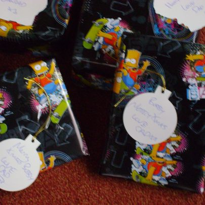 Simpsons wrapping paper