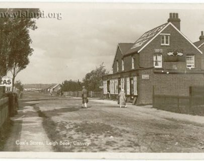 Looking north (Dovercliff Road or South Parade?) with COX's store | David Bullock
