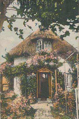 Circle of Love? - Dutch Cottage - Canvey Island | David Bullock