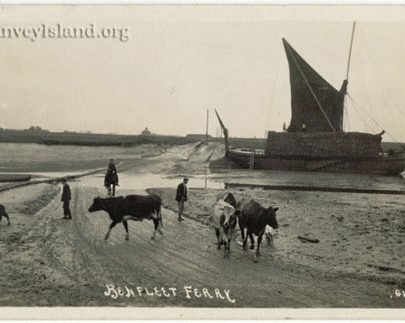 The original photo without the dramatic sky - Canvey   Jim Gray