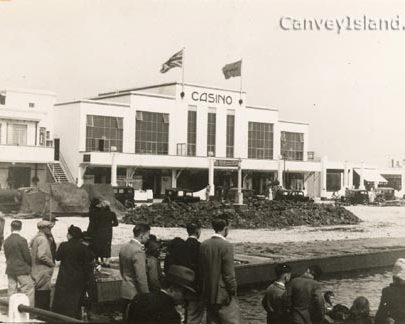 The Casino - This shows the new Boating Pool and the Trains. Also note the Monico is in place | ©Swann
