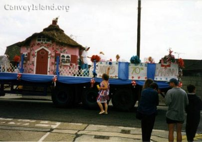 Canvey Island Carnival Cine Film 1977