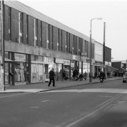 Furtherwick Road shops looking North