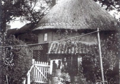 1621 Dutch Cottage