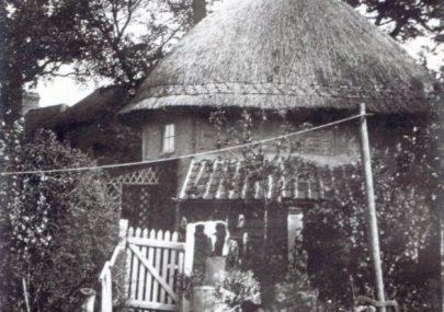 1621 Dutch Cottage