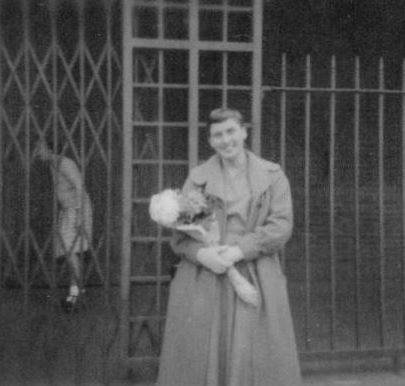 20 Saying goodbye to Brenda Fenwick at Tilbury 1957 | Marian Patten