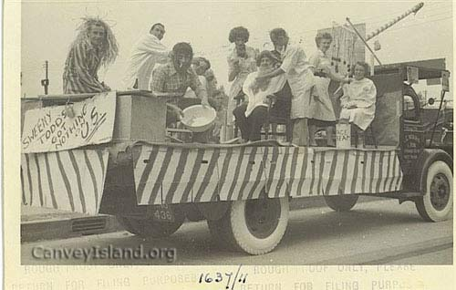 1950's: Canvey Fire Brigade Float: