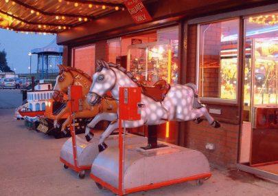 The Casino Horses c2000