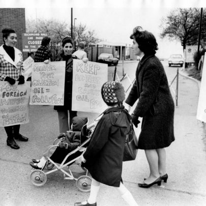 Womens' Protest Group. | Echo Newsapers