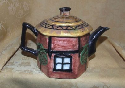 Hand Painted Dutch Cottage Teapot