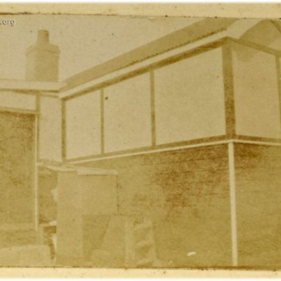 1922: Rear view (west face) of the Stuckey's bungalow