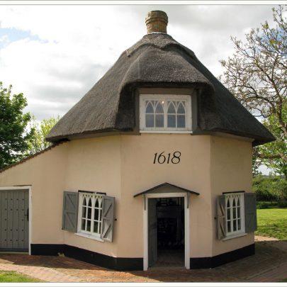 Dutch Cottage Museum - 1618 | Dave Bullock