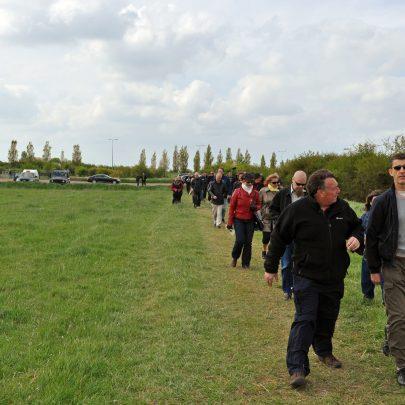 Chris Fenwick starts the Walk | (c) Dave Bullock
