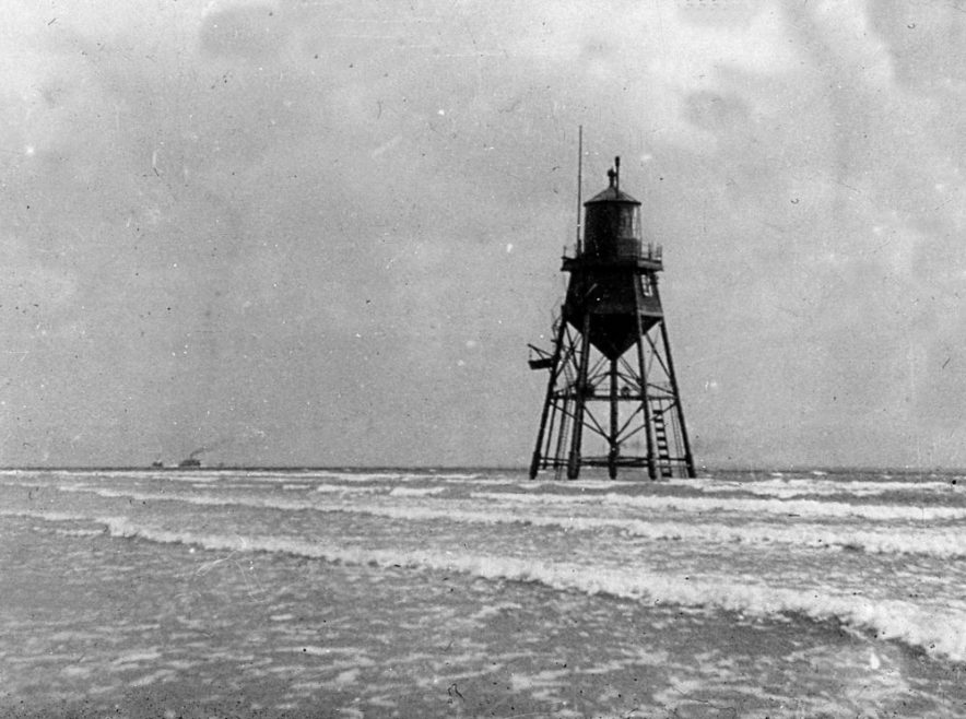 More Chapman Lighthouse
