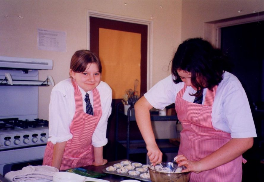 Suzanne Eve left in a cookery class 1991