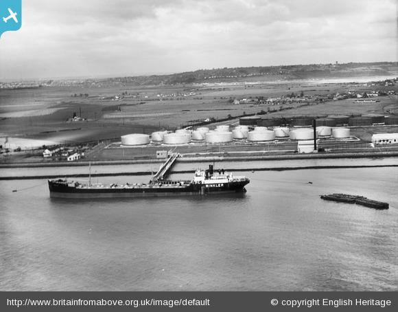 Oil Tanker the Winkler moored at Canvey | English Heritage ©