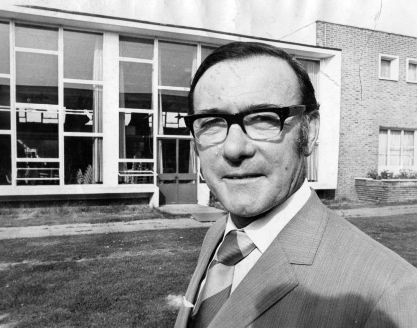 Head Furtherwick Park School 1973 | Echo Newspaper Archive