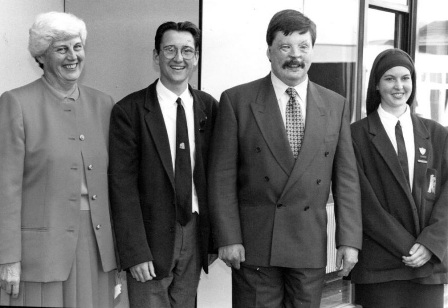 Simon Weston opens new Maths building 1994 | Echo Newspaper Archive