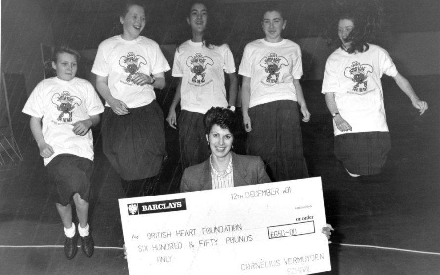 Cheque Presentation 1991 | Echo Newspaper Archive