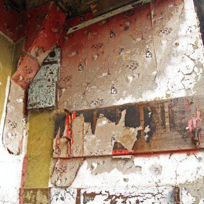 Kynochs Club: Remains of old Wallpaper & Shelving   (c) David Bullock