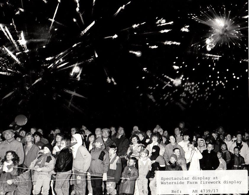 Waterside Fireworks | Echo Newspaper Group