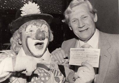 Cheque Presentation 1983