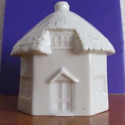 Model of the 1621 Dutch Cottage | J.Walden