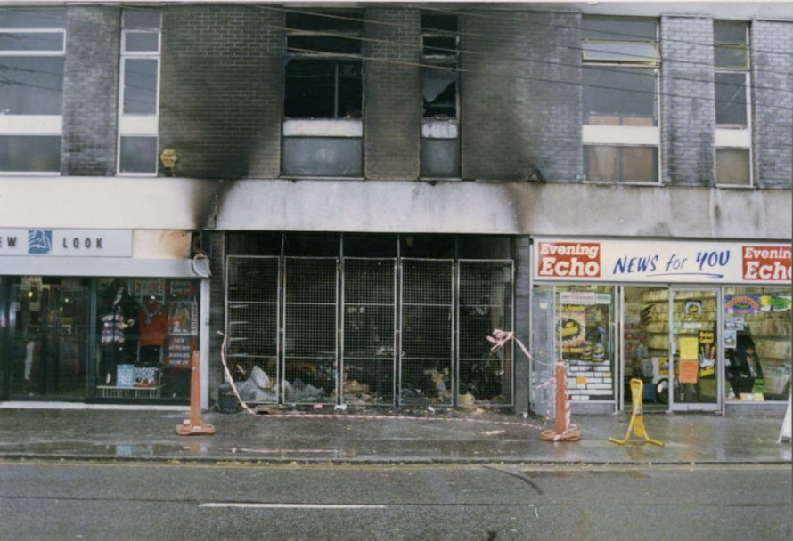 In 1992 the shop was New Look, the shop next door which I think was a sort of market burnt out and News for you was still there.