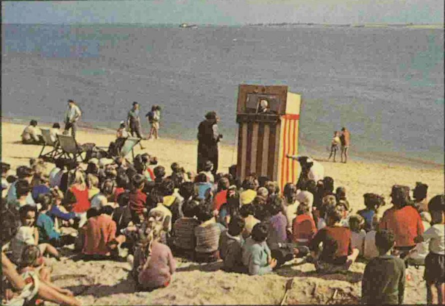 Punch and Judy on the Canvey Beach