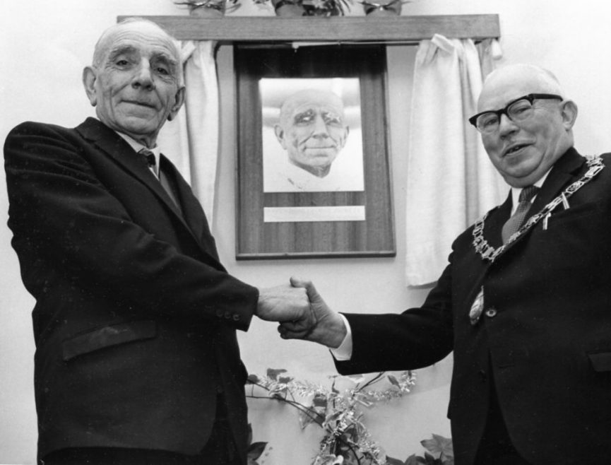 Councillors George Pickett and Bert Tibbles | Echo Newspaper Archive