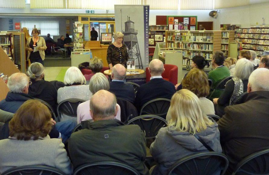 Pat Reynoldson-Smith giving her talk | Janet Penn